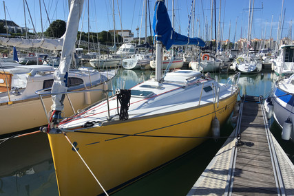 Beneteau First 260 Spirit for sale in France for €21,000 (£18,897)