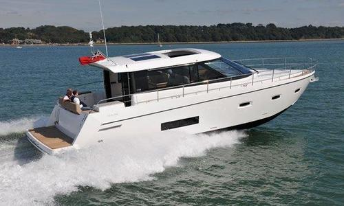 Image of Sealine C48 for sale in Hong Kong for $384,500 (£275,144) Hong Kong