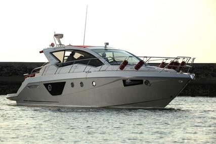 Cranchi M44 HT power boat for sale in Thailand for $522,900 (£410,349)