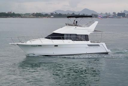 Bayliner 38 Flybridge Power boat for sale in Thailand for $75,000 (£53,444)