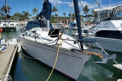 Hunter 35.5 Legend for sale in United States of America for $35,000 (£27,901)