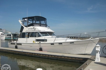 Bayliner 3888 for sale in United States of America for $58,000 (£46,179)