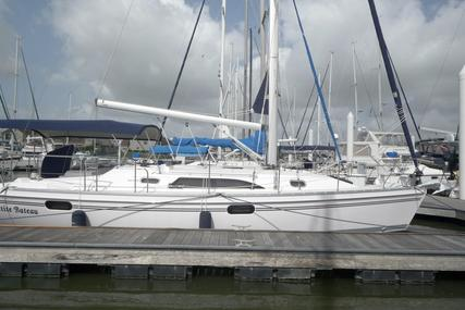 Catalina 355 for sale in United States of America for $239,999 (£182,630)