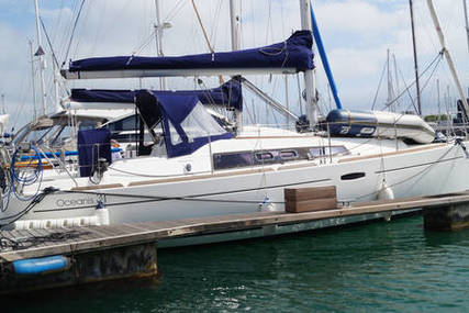 Beneteau Oceanis 31 Lifting Keel for sale in United Kingdom for £64,950