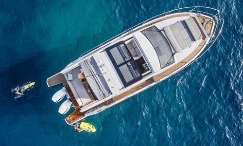 Image of Sealine C330V for sale in Malta for €159,950 (£145,778) Valletta, , Malta