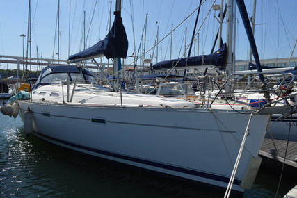 Beneteau Oceanis 393 Clipper for sale in Portugal for €75,000 (£68,138)