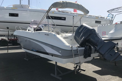 Beneteau Flyer 750 Sundeck for sale in France for €33,900 (£30,624)