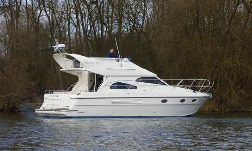 Image of Admiral 377 Flybridge for sale in United Kingdom for £72,950 Reading, United Kingdom