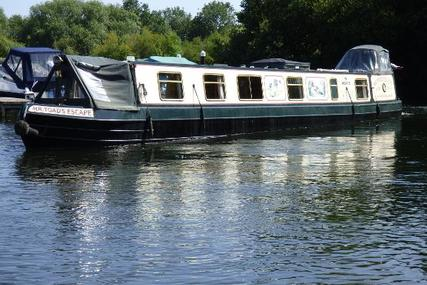 Narrowboat Semi Trad Reading Marine Fit for sale in United Kingdom for £59,950