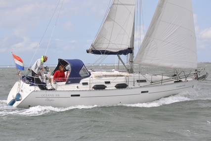 Beneteau Oceanis 331 Clipper for sale in Netherlands for €39,000 (£35,432)