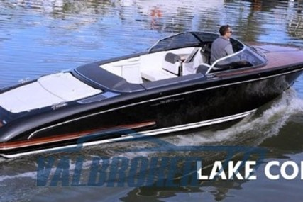 Riva ISEO for sale in Italy for €250,000 (£228,081)