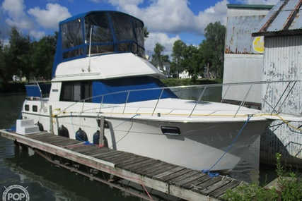 Carver Yachts 3207 Aft Cabin for sale in United States of America for $23,000 (£17,633)