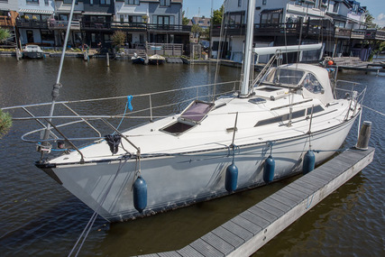 C&C 34/36 for sale in Netherlands for €36,500 (£33,490)