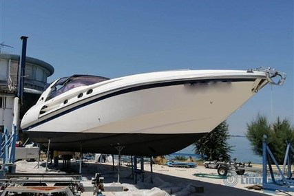 Off Course Top Runner 45 for sale in Italy for €45,000 (£41,099)