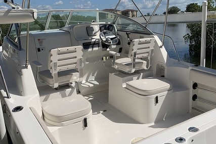 Robalo R225 for sale in United States of America for $33,400 (£26,206)
