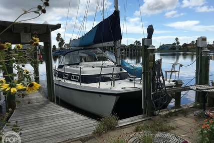 Endeavour Cat 30 for sale in United States of America for $37,500 (£26,615)