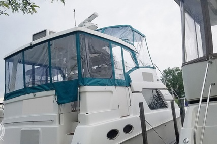 Silverton 372 Motor Yacht for sale in United States of America for $65,000 (£49,626)
