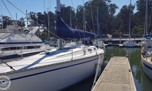 Image of Hunter Legend 37 for sale in United States of America for $40,000 (£31,353) San Mateo, California, United States of America