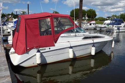 Rinker Fiesta Vee 260 for sale in United Kingdom for £12,500