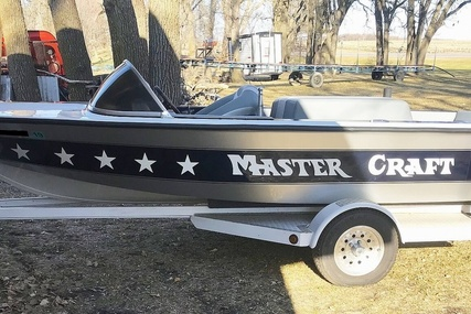 Mastercraft Stars & Stripes Ski Boat for sale in United States of America for $14,650 (£10,503)
