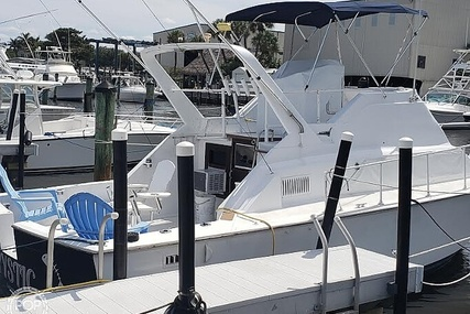 Hatteras 31 Coastal Cruiser for sale in United States of America for $22,750 (£17,370)