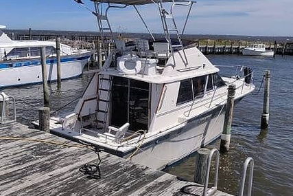 Silverton 34 Convertible for sale in United States of America for $22,000 (£16,764)