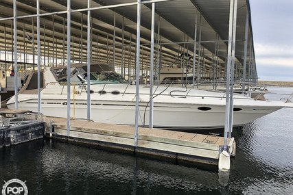 Sea Ray 400 for sale in United States of America for $123,000 (£94,347)