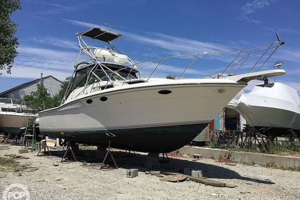 Wellcraft 3300 Coastal for sale in United States of America for $36,000 (£26,265)