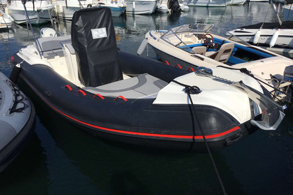 Nuova Jolly 700 for sale in France for €35,000 (£31,636)
