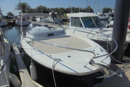 Jeanneau Cap Camarat 7.5 WA for sale in France for €48,000 (£43,229)