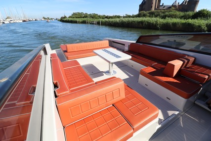 VanDutch 55 for sale in Netherlands for €1,095,000 (£1,003,712)