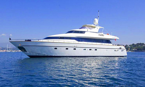 Image of Mangusta 86 Fly for sale in France for €825,000 (£696,720) France