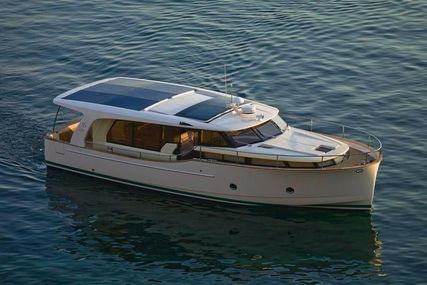 Seaway Yachts Greenline 40 for charter in Portugal from €2,680 / week