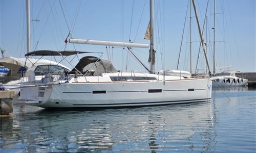 Image of Dufour Yachts 460 Grandlarge for sale in Italy for €171,785 (£157,722) Marina di Portisco, Sardegna, Italy