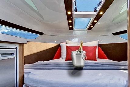 Beneteau Flyer 8.8 Sundeck for sale in France for €100,000 (£90,082)