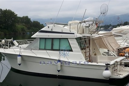 Riviera 33 Flybridge for sale in Italy for €55,000 (£49,530)