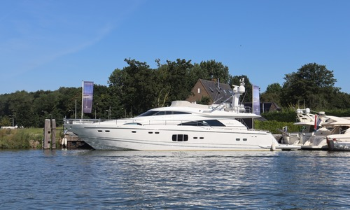 Image of Fairline Squadron 78 for sale in Netherlands for €1,350,000 (£1,220,140) Netherlands