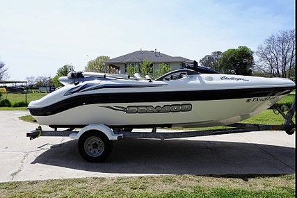 Sea-doo 17 Bombardier for sale in United States of America for $15,350 (£11,719)