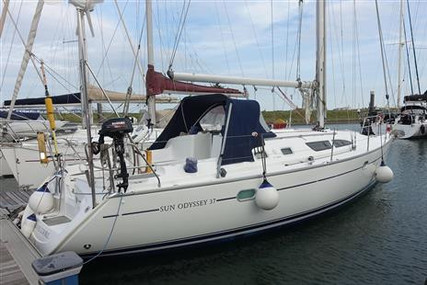 Jeanneau Sun Odyssey 37 for sale in United Kingdom for £45,000