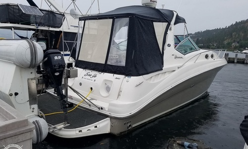 Image of Sea Ray 320 Sundancer for sale in Canada for $150,000 (£86,055) Kelowna, British Columbia, Canada