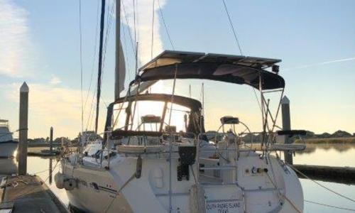 Image of Catalina 470 for sale in United States of America for $140,000 (£108,790) Kemah, TX, United States of America