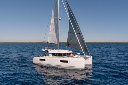 Lagoon 40 for sale in Spain for €375,000 (£337,157)