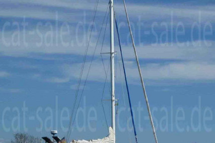 - Simpson 45 for sale in Italy for €144,000 (£131,082)