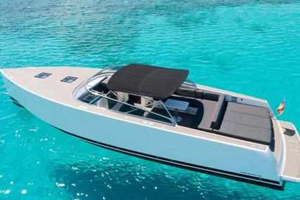 VanDutch 40 for sale in Spain for €349,000 (£300,295)