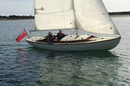Herreshoff ISLANDER CLASS DAYBOAT for sale in United Kingdom for £12,000