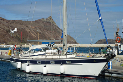 Hallberg-Rassy 382 for sale in Spain for €69,000 (£63,248)