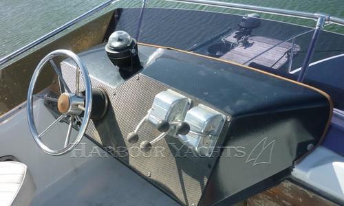 Image of Sea Ray Sedan Bridge 270 for sale in United Kingdom for £24,950 Poole, United Kingdom