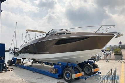 Cranchi Endurance 30 for sale in Italy for €129,000 (£117,845)
