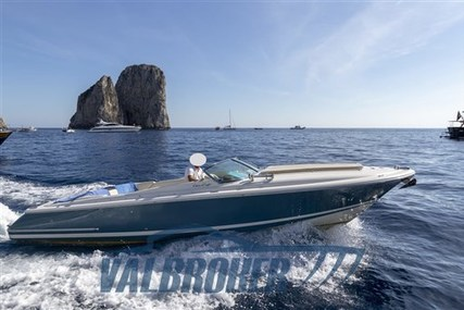 Chris-Craft Corsair 28 for sale in Italy for €56,000 (£50,754)