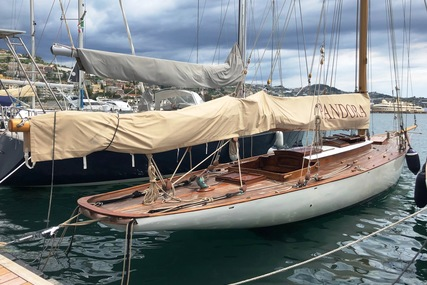 46ft. GAFF CUTTER 9 Metre 'R' for sale in Italy for £75,000